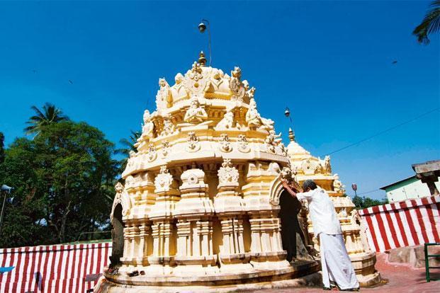 Gavi-Gangadareshwara-Temple-Hulimavu-