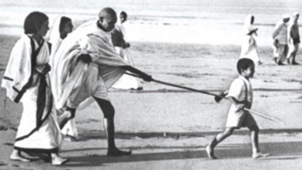 Kanu Gandhi childhood