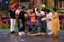 Bharti Singh celebrated her birthday on the set of 'The Kapil Sharma Show', see pics!