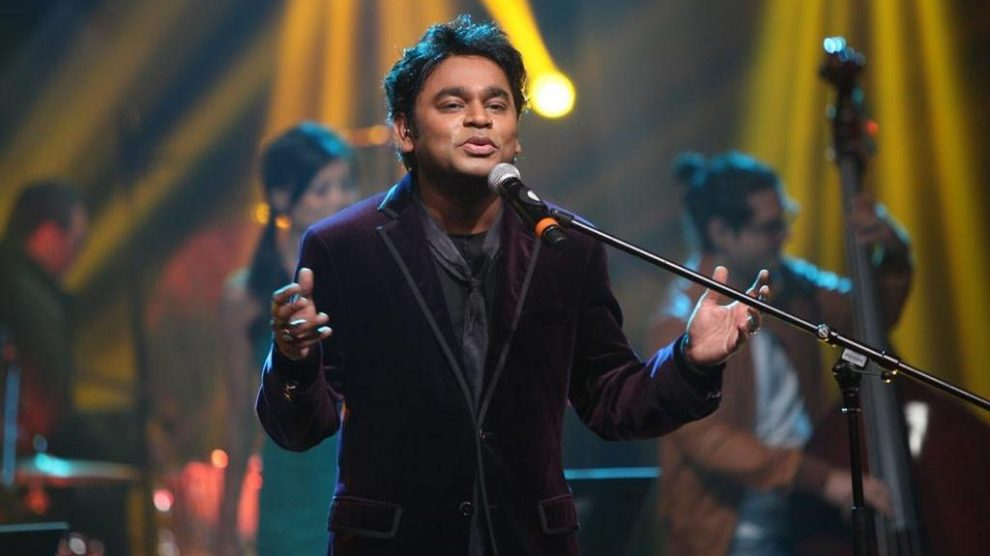 Hindi-speaking crowd walks out of A. R. Rahman's London concert!