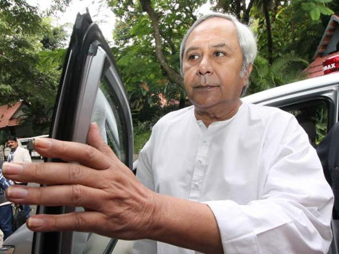 Union Oil Minister takes up Paradip refinery tax issue with Naveen Patnaik