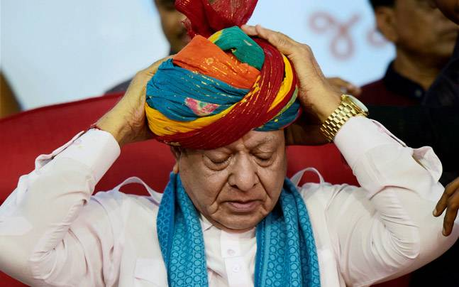 Shankersinh Vaghela leaving his post