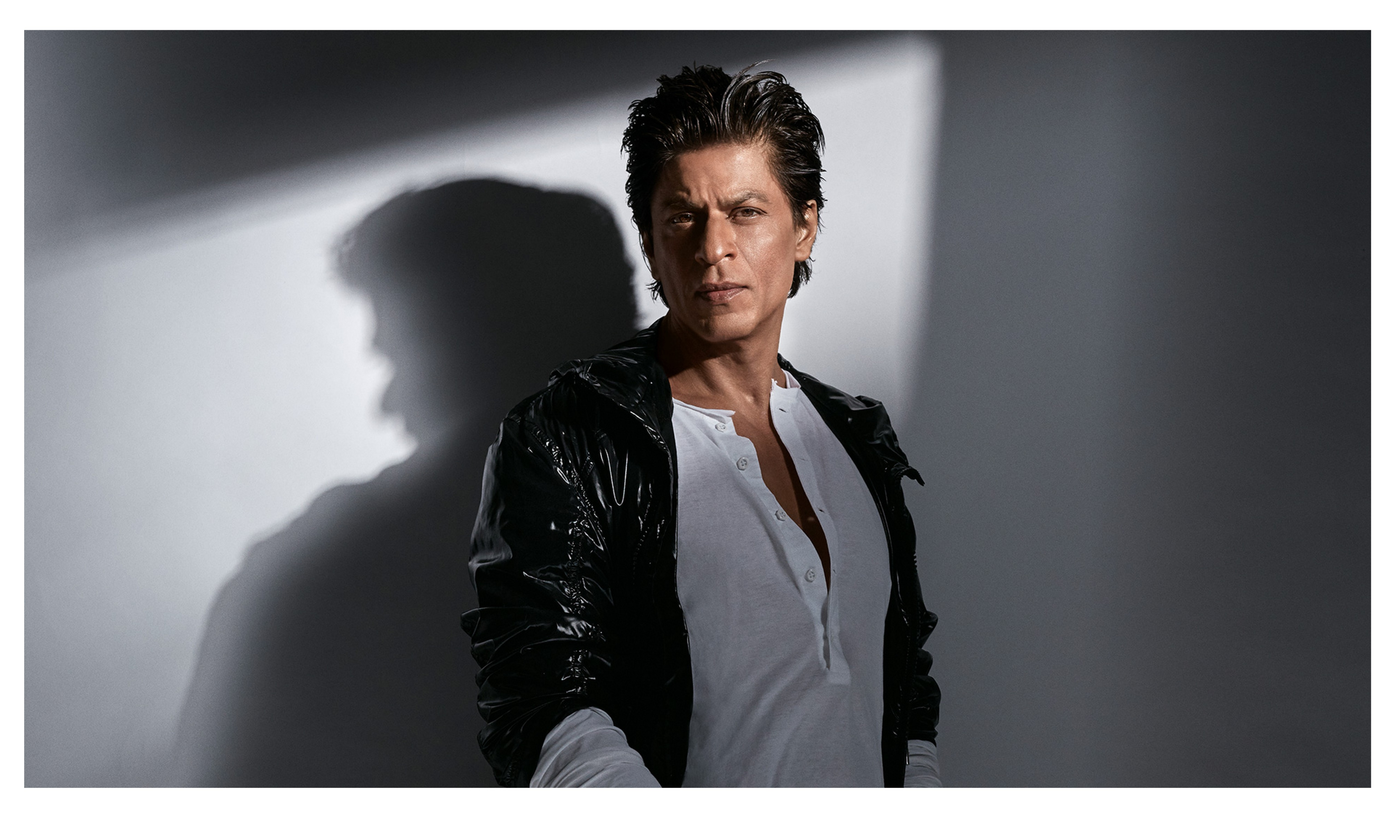 Wanted to be a part of 'Itteaq' as actor: Shah Rukh Khan!