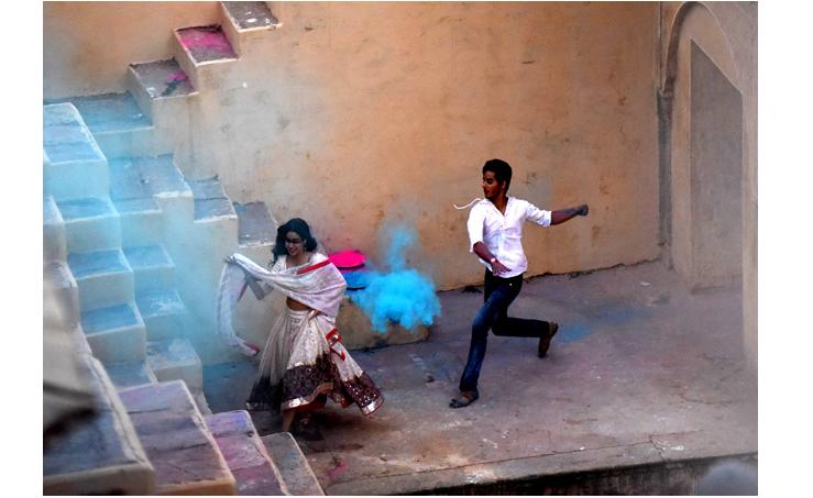 Janhvi Kapoor's Dhadak Shoot's 'Progressing Rapidly.' Karan Johar Shares Pic