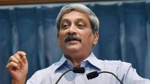 CM Manohar Parrikar arrives in Goa, expected to table budget