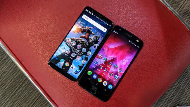 Moto Z2 vs OnePlus 5T