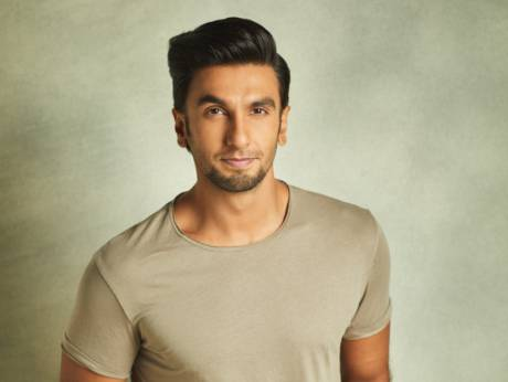 Ranveer Singh celebrates Women's day in a unique way