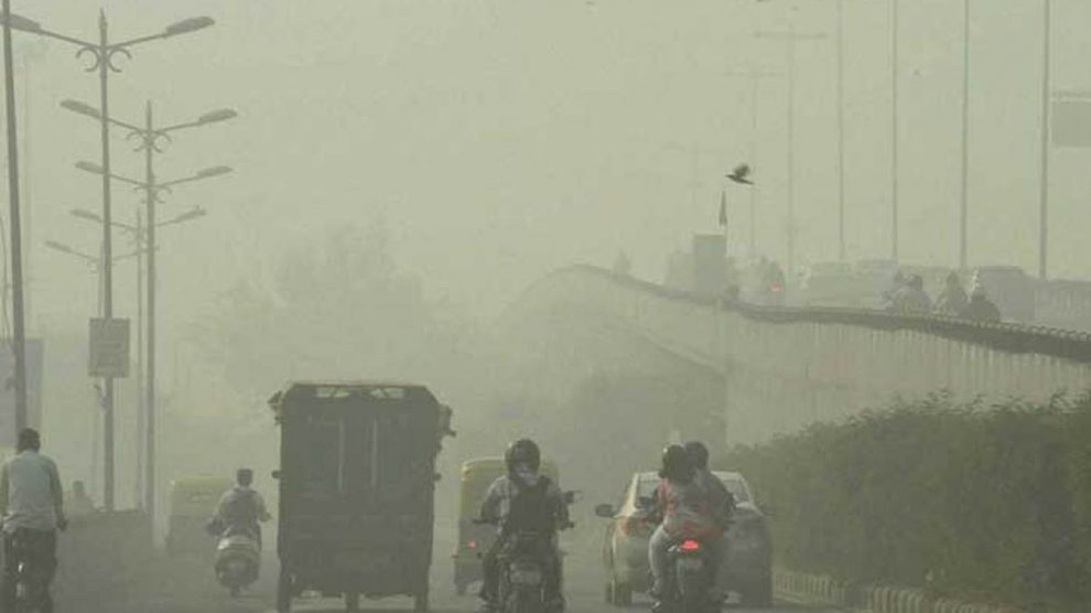 Delhi air quality beyond 'severe' due to dust storm in western India