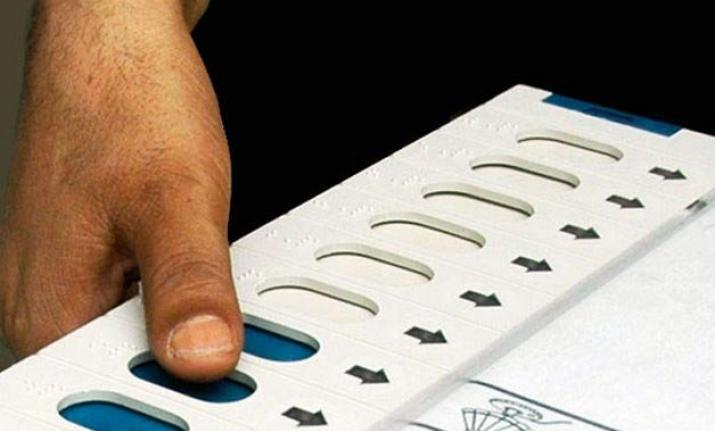 raghevendara-rao-vote-telangana-elections