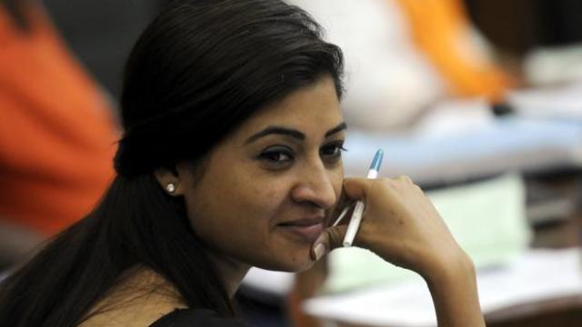 Sisodia clarifies AAP fiasco, says Alka Lamba not resigning; No mention of Rajiv Gandhi in original resolution