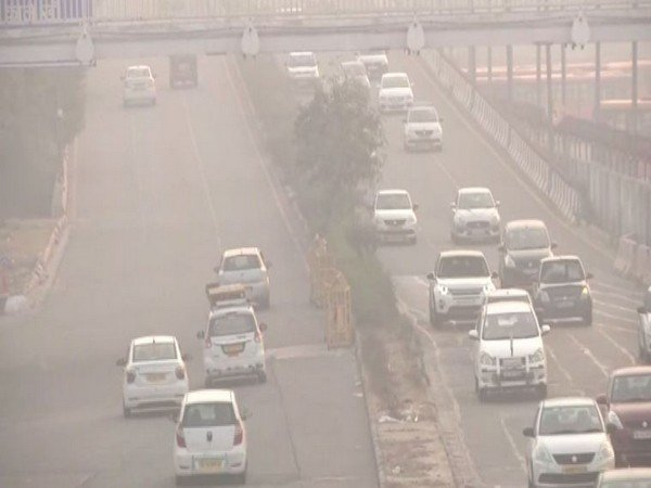 Delhi air quality on wednesday