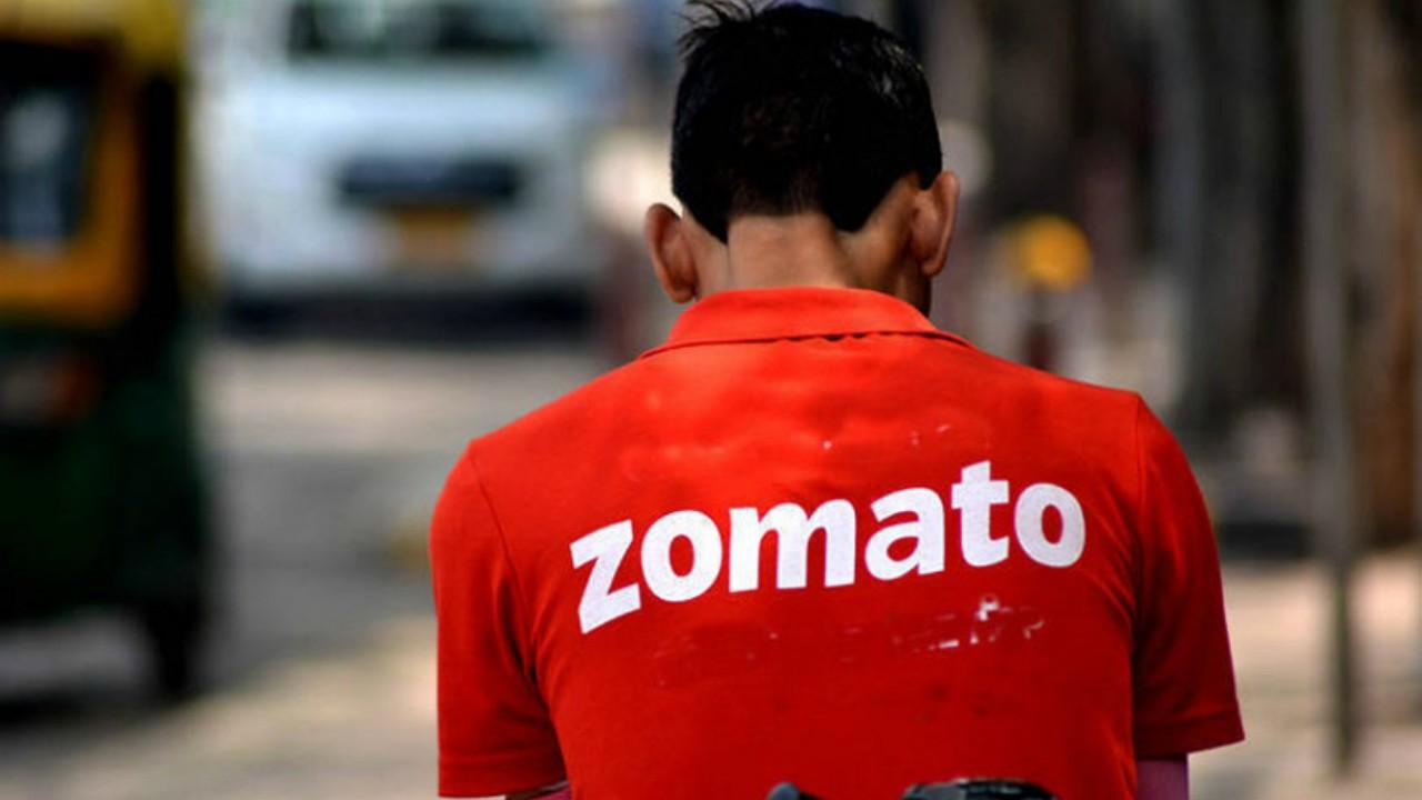 Image of a Zomato employee