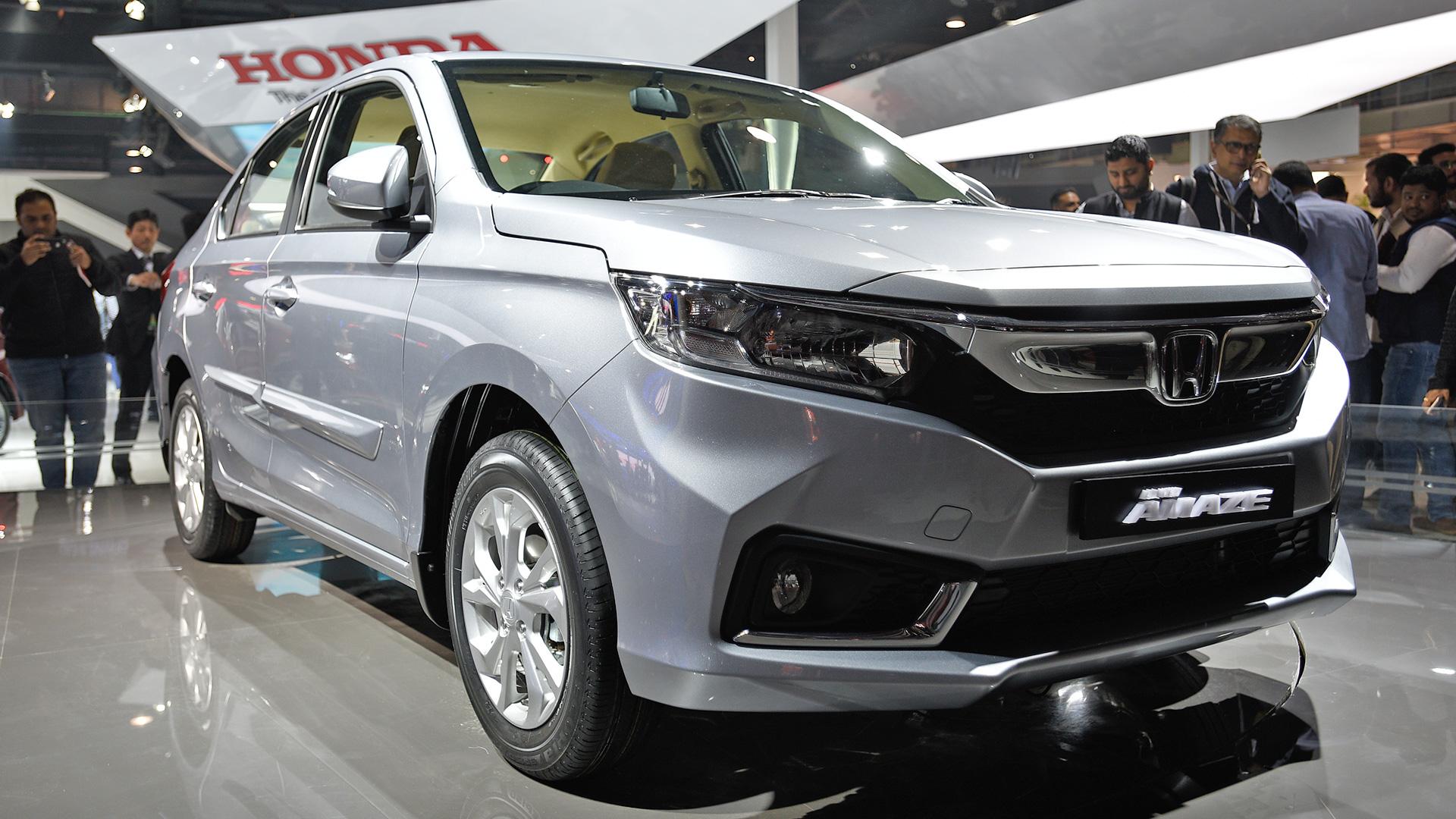 Honda_Amaze Front Quarter