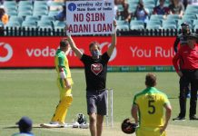 Protestors barge in during India Australia ODI holding 'No $1B Adani Loan' signs