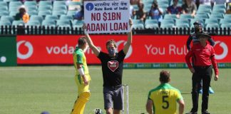 Protestors barge in during India Australia ODI holding 'No $1B Adani Loan' signs