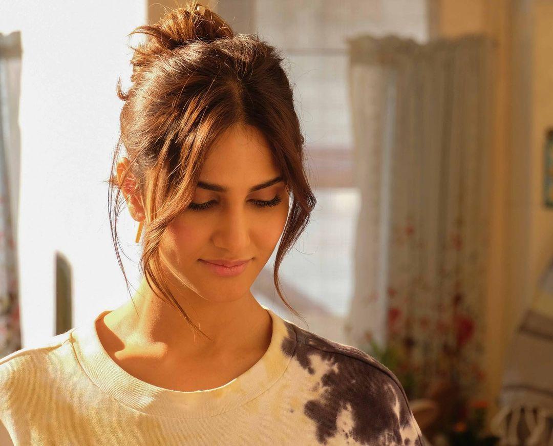Vaani Kapoor as Maanvi