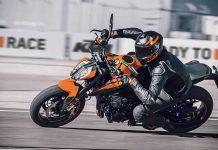 2021-KTM-Duke-890