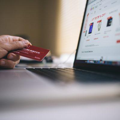 E=commerce Flipkart Amazon